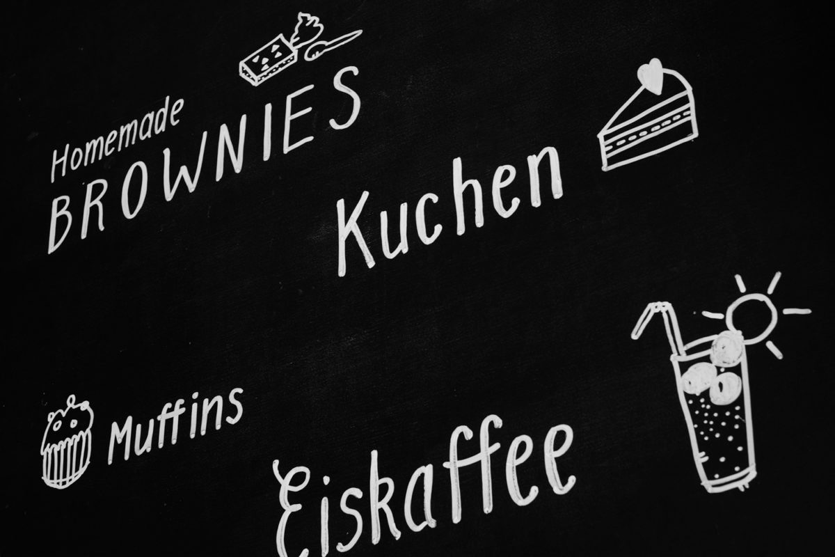 Brownies, Kuchen, Muffins, Eiskaffee