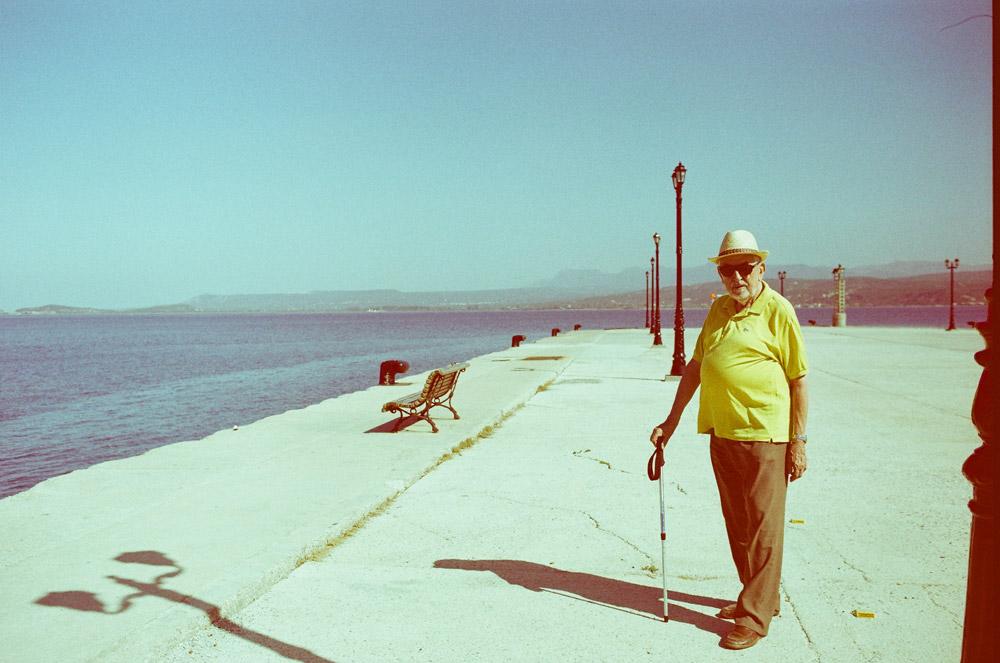 Mein Großvater am Pier