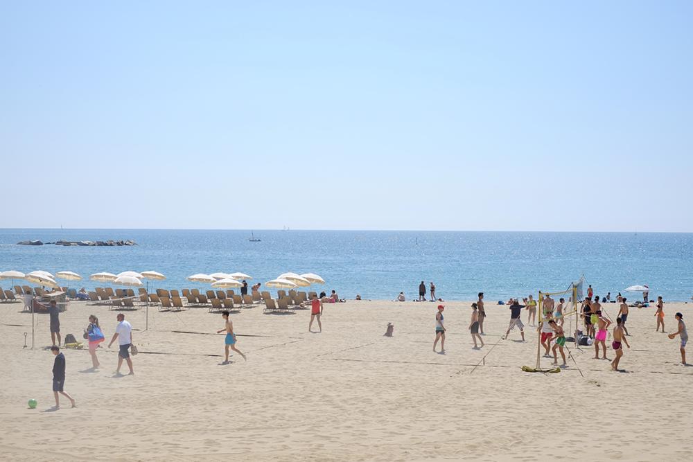 elvira-stein-barcelona-beach